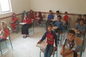 Daneshamozan 13 Sh 300x198 - 97 درصد از دانشآموزان در مدارس گلستان ثبتنام کردند