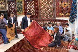 Farsh Turkmen 25 Sh 300x200 - ساخت مستند فرش ترکمن با شعار سال اقتصاد مقاومتی،اقدام و عمل