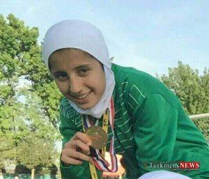 Footbal 22 Sh 300x257 - دختر گلستانی به اردوی تیم ملی فوتسال دعوت شد