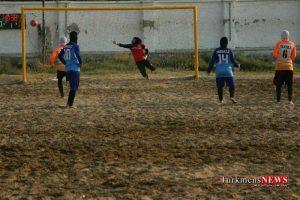 Footbal Saheli 15 Sh 300x200 - تيم ملوان بندرگز نماینده گلستان در ليگ برتر فوتبال ساحلي نتیجه را واگذار کرد