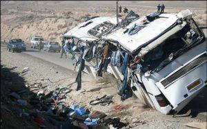 Tasadof 16 Sh 300x188 - تصادف اتوبوس با کامیون در محور بجنورد- جنگل گلستان