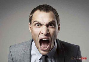 khashm 2m 300x211 - راهکارهایی که خشم خود را در خیابان کنترل کنیم