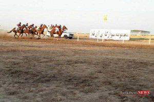 savarkari 3m 300x200 - هفته نخست کورس اسبدوانی پاییزه آق قلا جمعه آغاز میشود